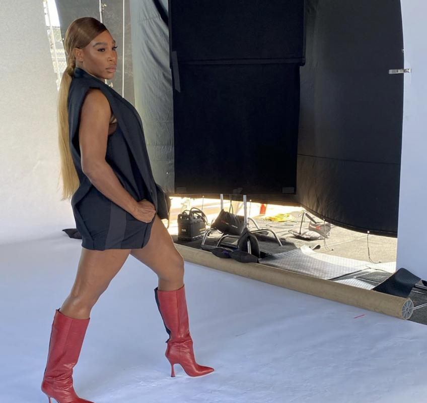 Serena Williams shows insanely Toned legs and Arms on Instagram