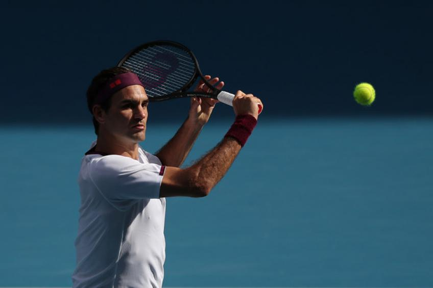 Roger Federer counts to 1000 consecutive weeks in the top-20