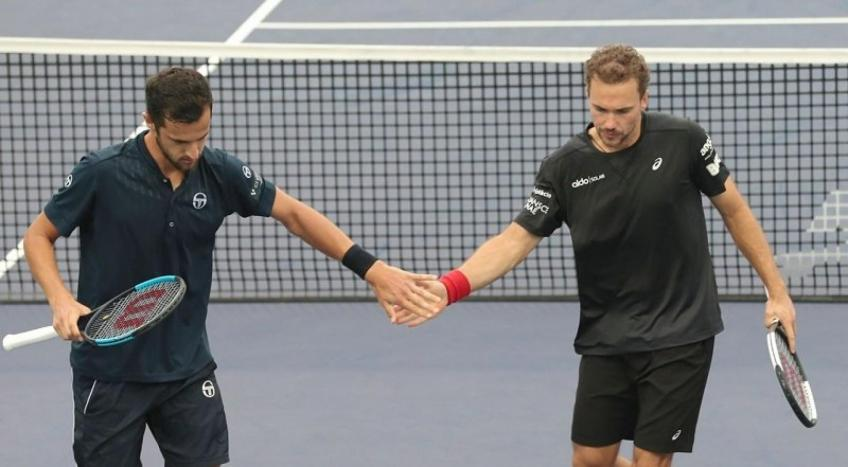 ATP Finals: No. 1 seeds Mate Pavic & Bruno Soares avoid upset in opener
