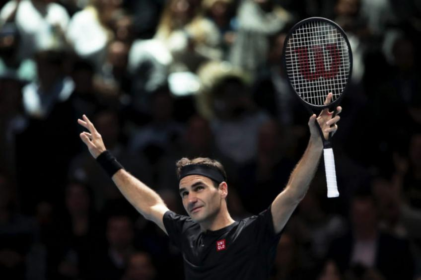 Roger Federer: 'There's always pressure when I play Nadal indoors'