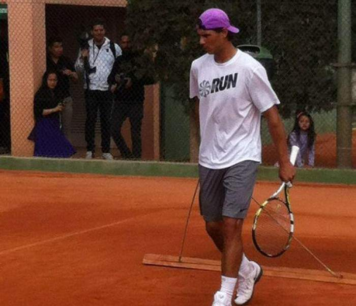 Rafael Nadal himself prepares clay court for other players