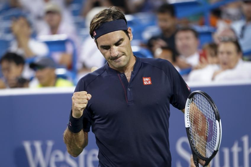 'What I really was impressed with is how Roger Federer behaved...', says writer