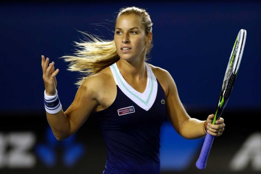 Dominika Cibulkova gets vaccinated without respecting waiting lists!
