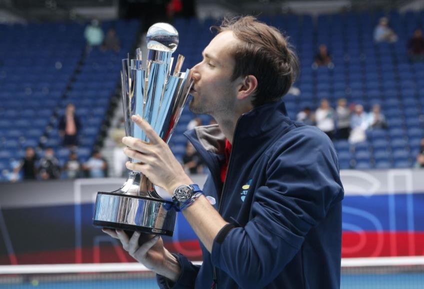 Daniil Medvedev reacts to winning ATP Cup title with Russia