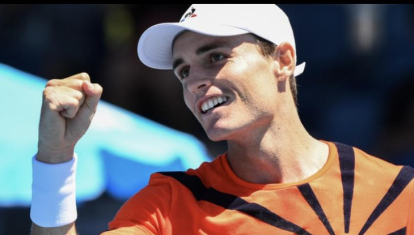 Wildcard Christopher O'Connell reacts to stunning Jan-Lennard Struff for first AO win