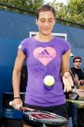 WTA - Petkovic and Jankovic advance to round two