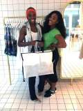 Serena Williams goes shopping with Venus Williams! (VIDEO INSIDE)