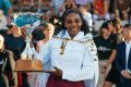 Serena Williams makes grand gesture after winning title in Auckland