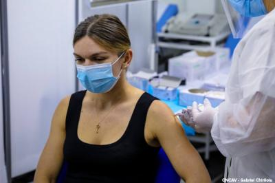 """Simona Halep gets vaccinated: """"I am safer, but I will still be extremely careful"""""""