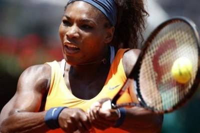 TENNIS LIVE UPDATE - Serena Williams wins the first set in Rome final over Victoria Azarenka