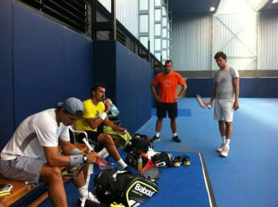Rafael Nadal is practicing with Nenad Zimonjic in Manacor