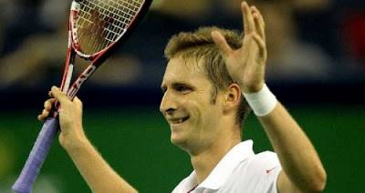 Florian Mayer beats former world no.3 Davydenko in Hamburg