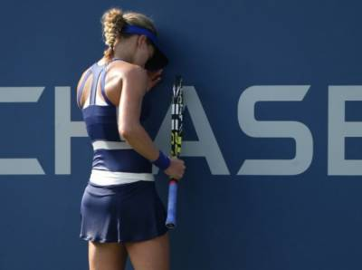 Eugenie Bouchard Officially Withdraws from the 2015 US Open (VIDEO and PICS INSIDE)