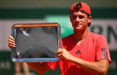 Roger Federer&acutes sports agency Team8 signs Tommy Paul