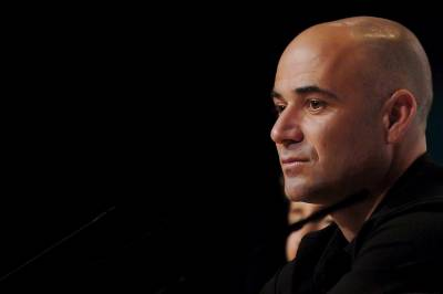 Andre Agassi: 'If you cheat now you get banned. Sharapova took Meldonium unintentionally'