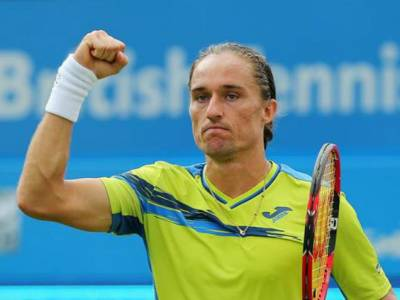 Alexandr Dolgopolov Undergoes Cupping Therapy For Back Injury (PIC INSIDE)