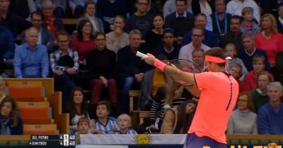 Del Potro doesn't agree with umpire's decision... check how he reacts!