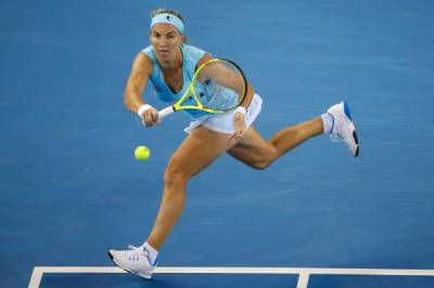 Patience and experience helps Kuznetsova score her second Kremlin Cup title and make Singapore Finals