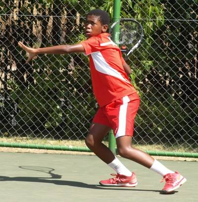 SOUTH AFRICAN TENNIS JUNIORS OFF TO KENYA