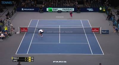 Beuatiful volleying at the net from Feliciano Lopez