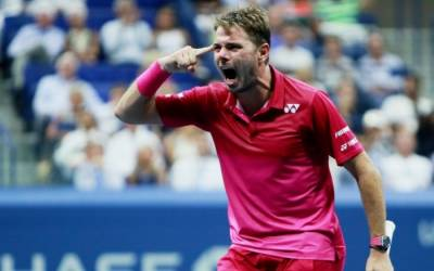 Wawrinka annoyed by the French secretary of state during the match