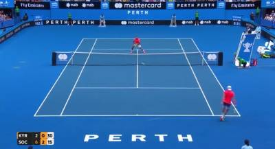 Hot shots of the day from Hopman Cup: Sock hits a crazy tweener!