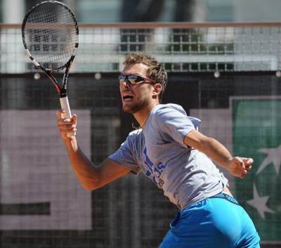 Kooyong Classic: Jerzy Janowicz receives late call up to play on Tuesday,  gets on court and defeats Tommy Haas