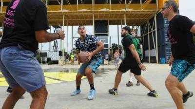 Basketball team Sydney Kings open to helping Nick Kyrgios to take his interest in basketball to next level