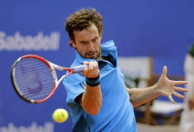 Ernests Gulbis postpones his comeback to the competition