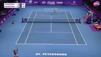 Putintseva and Cibulkova hit amazing passing shots