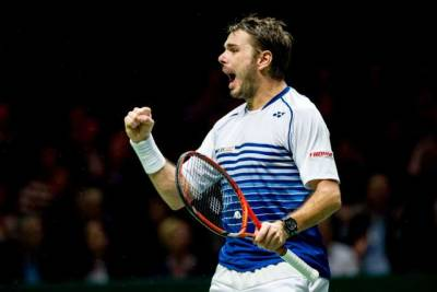 Stan Wawrinka withdraws from Rotterdam due to a knee injury