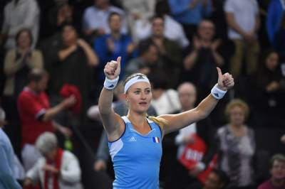 FED CUP:�All square in 3 ties after Day 1 in World Group, Mladenovic beat her good friend Bencic