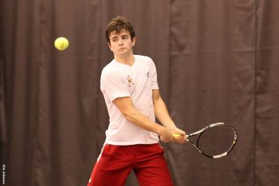 Greenwell wins the NCAC Men's Weekly Tennis Award