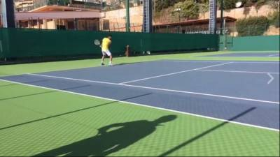 WATCH: Novak Djokovic live streams his practice session on Facebook!