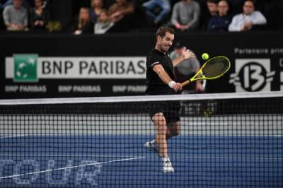 ATP MARSEILLE: Kyrgios, Pouille, Gasquet and Simon advance to last eight. Medveded holds off Paire