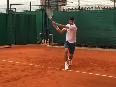 Novak Djokovic trains ahead of Davis Cup... on clay-courts