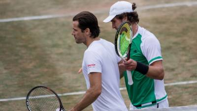 Lopez to face Pouille in Stuttgart final