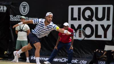 Feliciano Lopez to face Pouille in Stuttgart final
