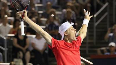 Shapovalov: 'Federer is my idol, I am honoured that he watched my match'