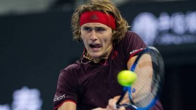 Alexander Zverev and Grigor Dimitrov advance at Shanghai Masters