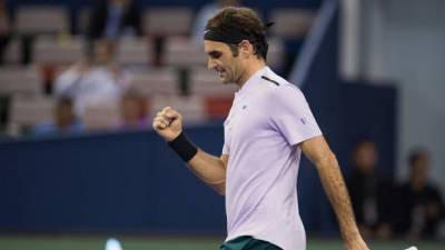 Federer: 'Money, recovery and direct flights: here's why we play longer'
