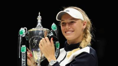 Wozniacki ends Williams jinx to win WTA Finals in Singapore