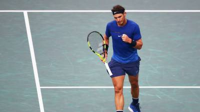 Nadal battles past Cuevas to reach Paris quarters