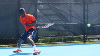 Serena Williams hires former Virginia Cavaliers standout as hitting partner