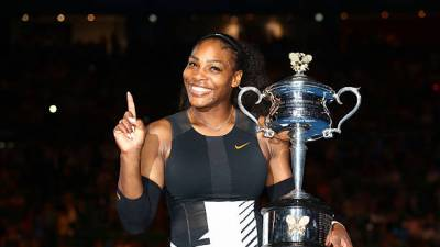 Serena Williams returns to the court for Mubadala World Tennis Championship