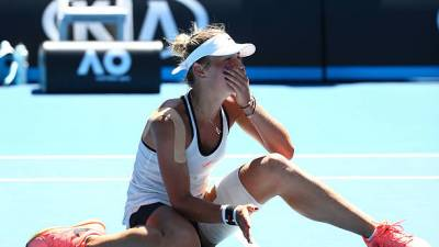 Australian Open: Kostyuk, Svitolina through, Bencic out