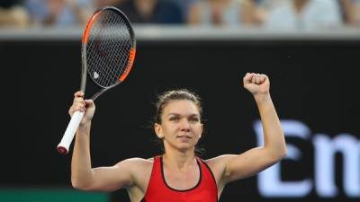 'Switch Ankles' Trouble Halep on Way to Win, Bouchard Awaits