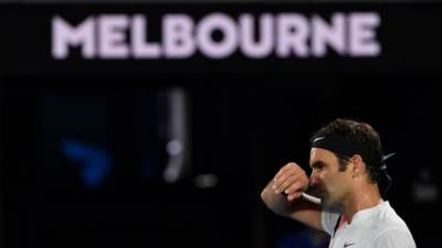 Australian Open 2018: Defending champion Roger Federer cruises into round three