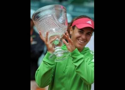 WTA Estoril - Medina Garrigues wins 10th title
