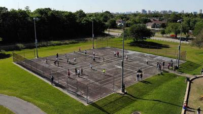 Tennis Stars Help Refurbish Courts at Sunnyside Park